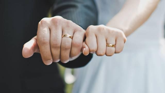 «Зеркальная дата»: Сколько пар стали мужем и женой сегодня в Костанае?