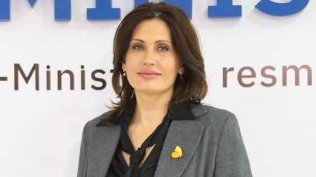 Почему Бюрабекова ушла из Минздрава