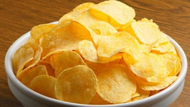 10-летний ребенок из-за фобии восемь лет питался только чипсами