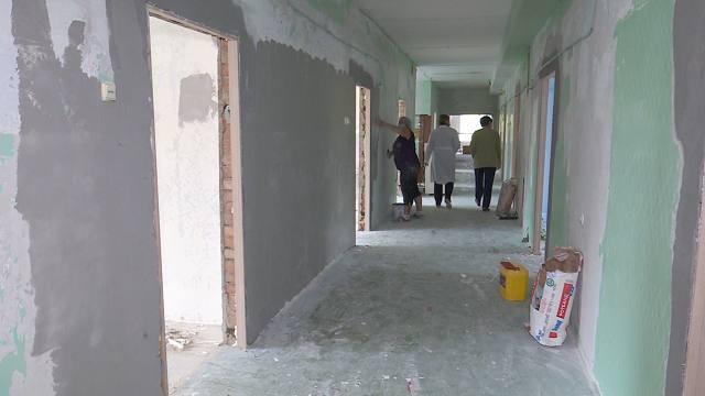 В отделении реабилитации детской облбольницы Костаная делают ремонт
