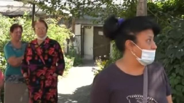 «Пришел резать»: Кровавую расправу сантехника расследуют полицейские Алматы