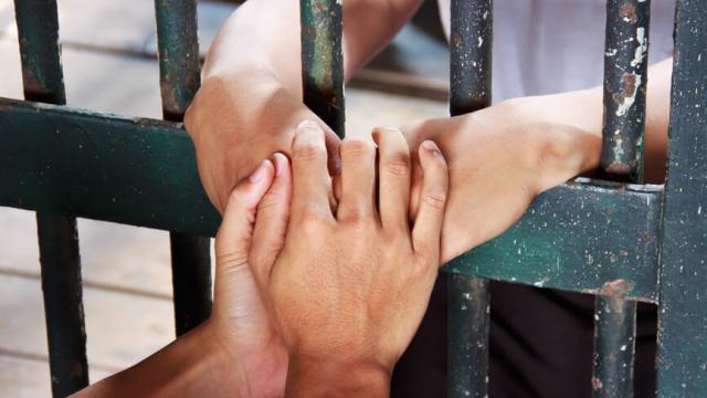 Сколько фактов торговли людьми выявлено в Казахстане