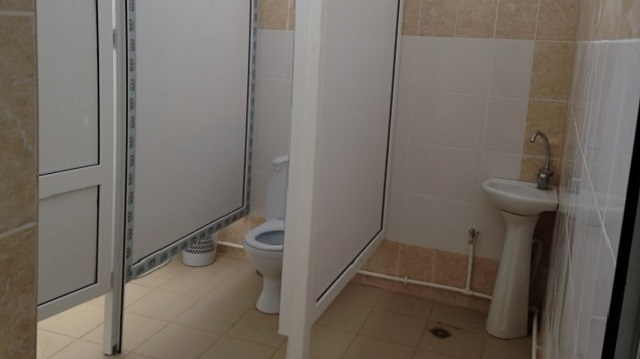 «С теплым туалетом»: В Костанайской области не останется школ с удобствами на улице