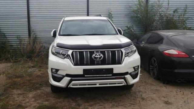 У должника по алиментам забрали Toyota Prado в Казахстане