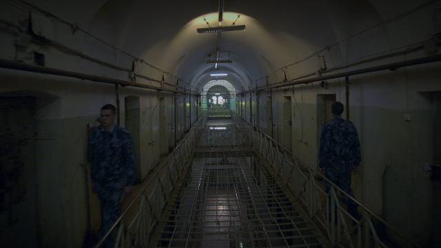 Первым российским документальным фильмом на Netflix станет фильм «Кресты» телеканала «Россия»