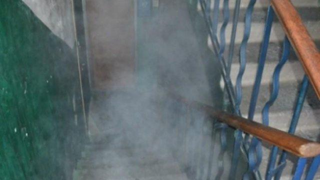 Горели коляски: В Костанае ночью из-за пожара эвакуированы десятки человек