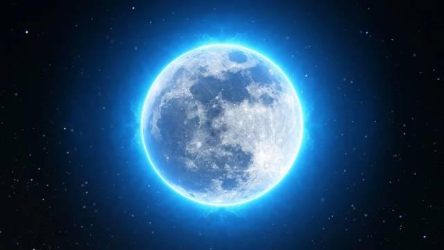 Голубая луна взойдет над Землёй. Что ожидается в этот день?