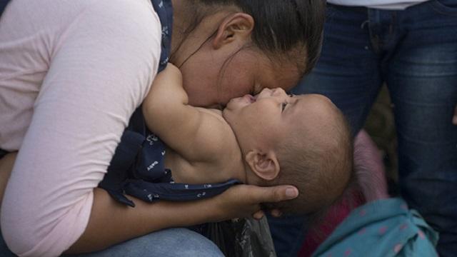 «Не пью, не гуляю»: многодетная мать боится, что у нее отберут детей