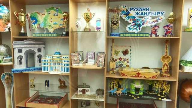 Редкие экспонаты собраны в школьном музее Рудного