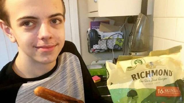 Видео: 15-летний подросток ел в своей жизни только сосиски