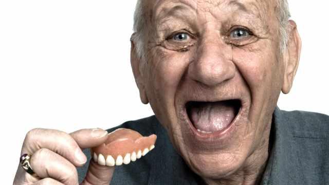 Учёные научились выращивать зубы в любом возрасте