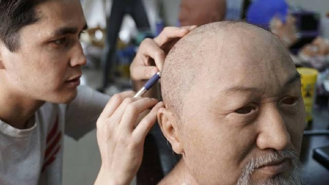 «Как живой»: Реалистичную скульптуру Абая Кунанбаева создал уроженец Костанайской области