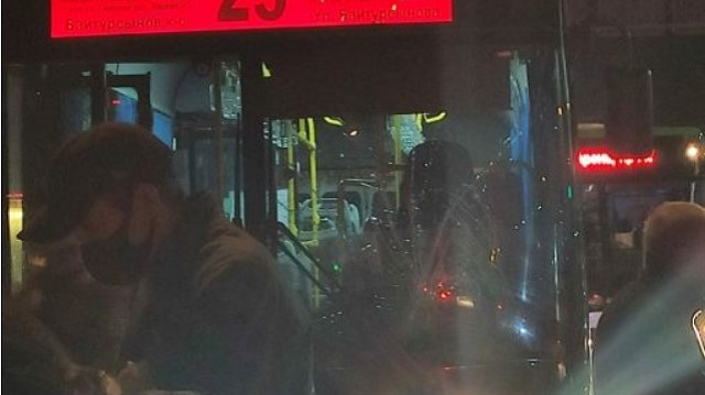 Маршрутный автобус сбил пятилетнего ребенка в Алматы