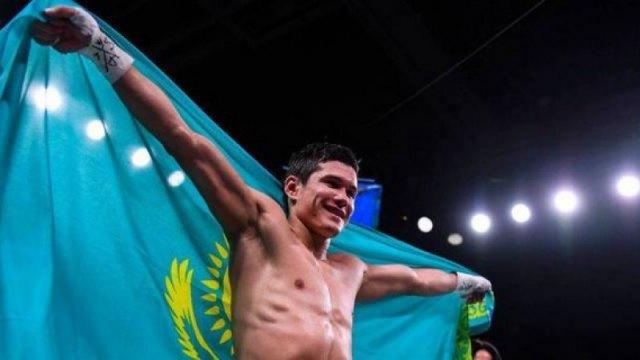 Данияр Елеусинов победил бывшего чемпиона и завоевал первый титул в карьере