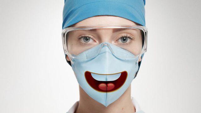 Маски по 68 тысяч тенге за штуку закупили медики в Казахстане