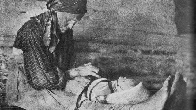 Как на Руси наказывали женщину, родившую мёртвого ребенка