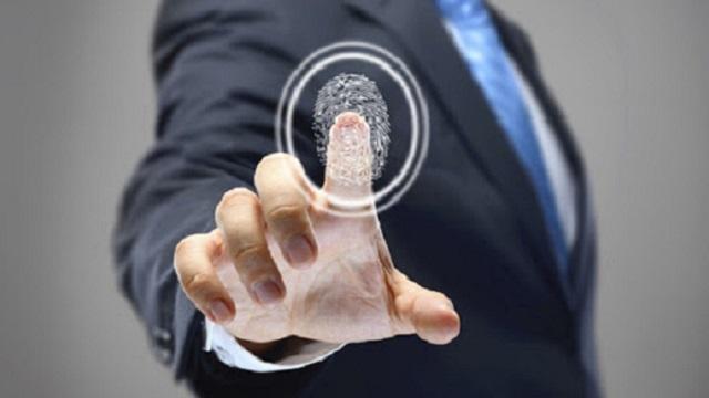 Жители Казахстана с января должны будут сдавать отпечатки пальцев
