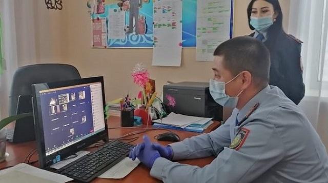 Полицейские Рудного напомнили об ответственности за нахождение подростков ночью в общественных местах