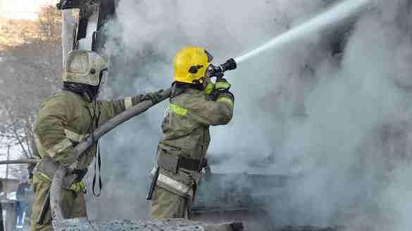 Загорелся радиотелефон. Подъезд многоэтажки эвакуировали в Рудном