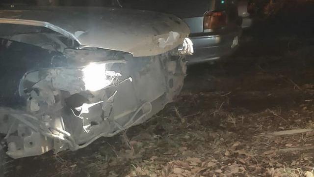 «Был дождь»: Автомобиль врезался в бетонную плиту санпоста в Костанайской области