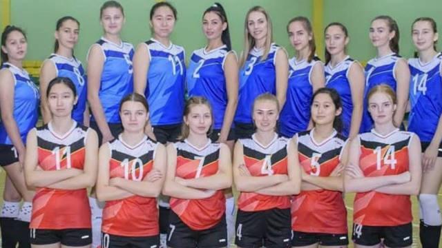 «Молодцы, девоньки!» Сборная Костанайской области по волейболу стартовала в чемпионате Казахстана с побед