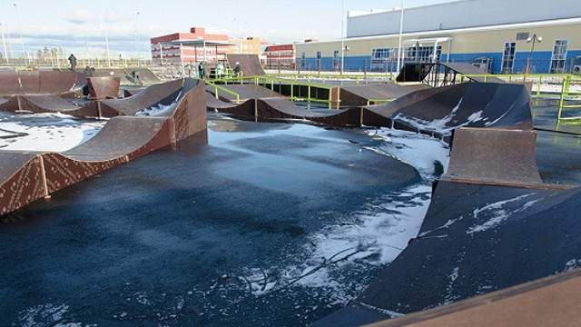 Самый большой скейт-парк в Казахстане установлен в Костанае