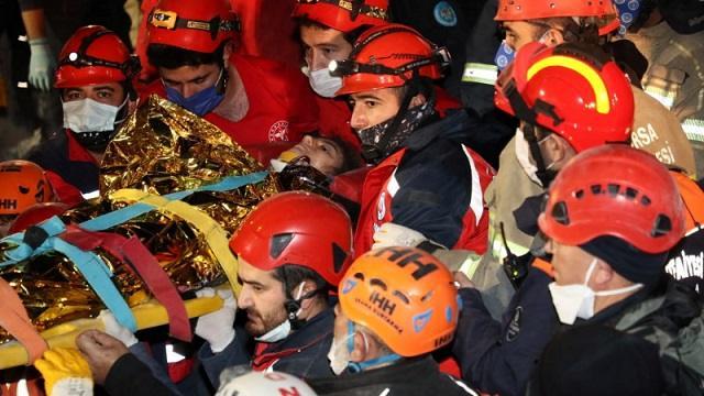 Трехлетнего ребенка спасли спустя 65 часов после землетрясения