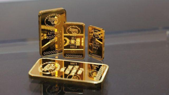 Сколько тонн золота купили в банках жители Казахстана?