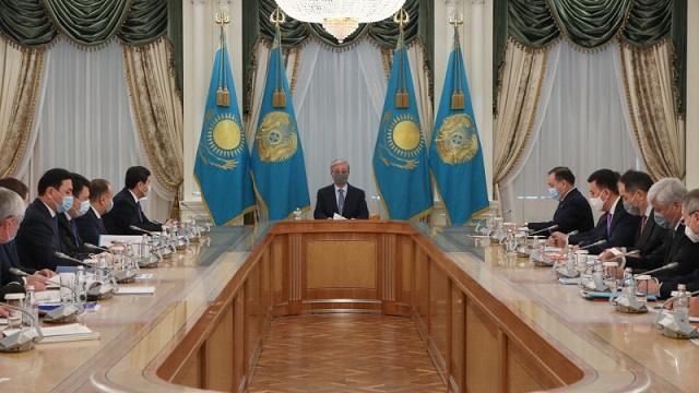 Токаев провел совещание с акимами областей