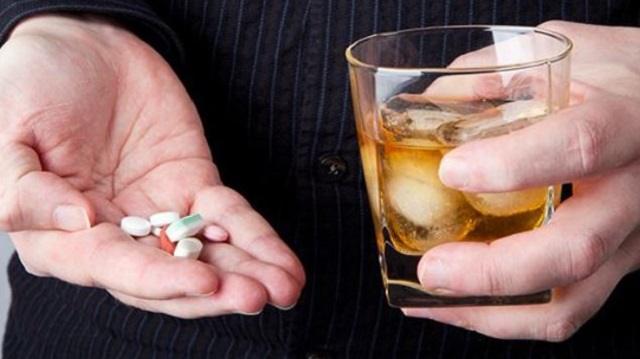 Какие лекарства нельзя совмещать с алкоголем? Категорически!