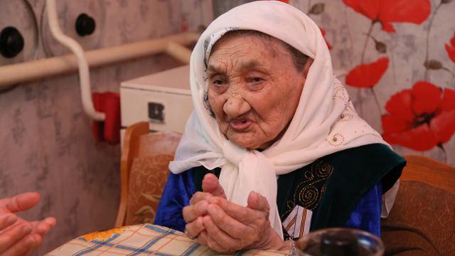 «Бата от ажеки»: 100-летняя сельчанка обратилась к жителям Костанайской области