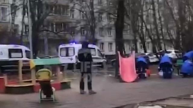 Видео смерти ребенка на детской площадке распространяется в Казнете