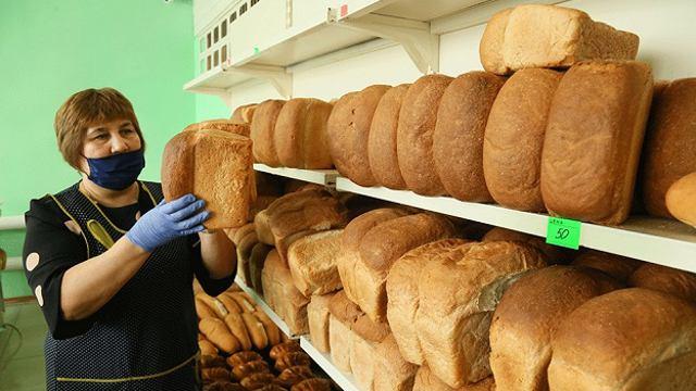 Всего за 50 тенге продают отличный белый хлеб в селе Костанайской области