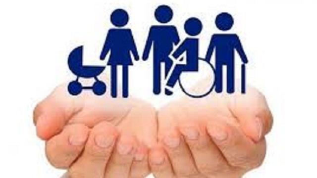 «Всегда чем-то занят»: 25-летний инвалид помогает целой деревне