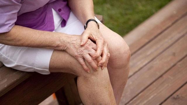 Какие продукты могут помочь при ревматоидном артрите