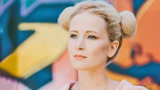 Певица Монеточка рассказала о том, кем является ее муж