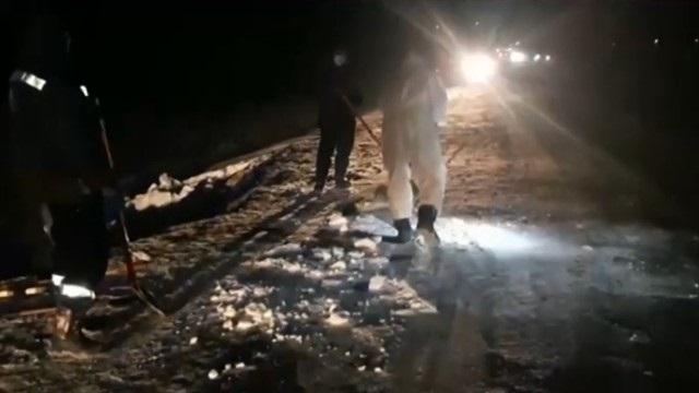 Видео: Три тонны нефти разлилось в Карагандинской области