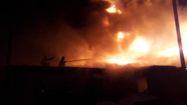 Три дома сгорели в Челябинской области