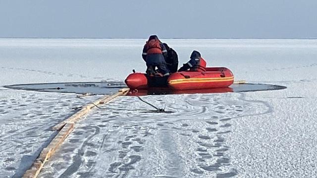 «Найдены куртки и сеть»: Поиски пропавших рыбаков прекращены ВКО