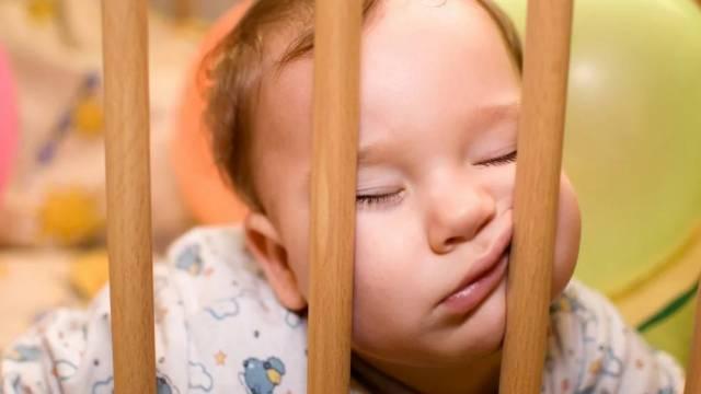 Ошибки взрослых, нарушающие сон ребёнка