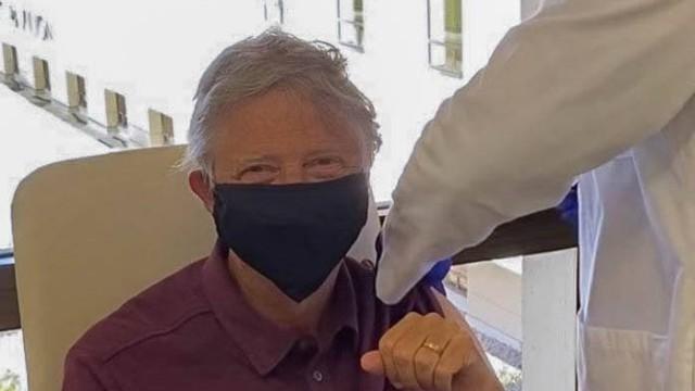 Гражданам старше 65 лет разрешили делать прививку от ковида в Казахстане