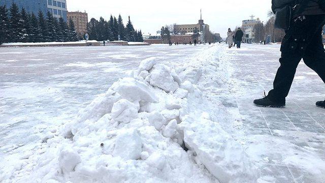 «Каменюки, тая, тяжеленные стали»: На снежную полосу препятствий жалуются жители Костаная