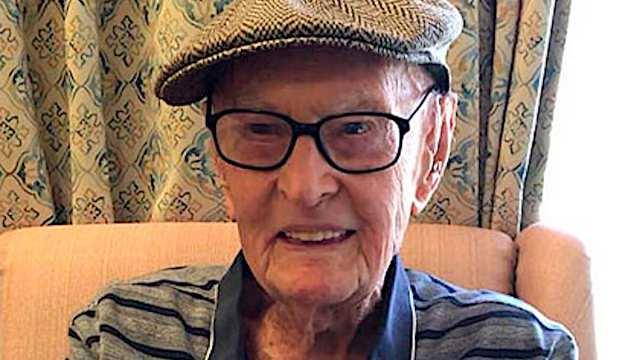 111-летний пенсионер раскрыл секрет своего долголетия