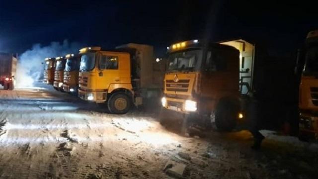 В ВКО спасатели доставили в пункт обогрева 15 дальнобойщиков