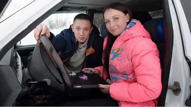 «Женское дело»: Как жительница Рудного стала инструктором по вождению автомобилей