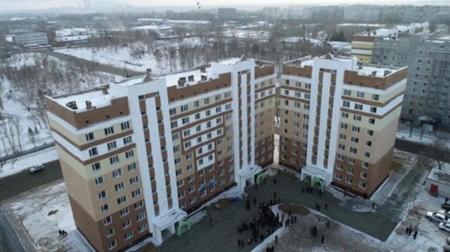 На улице -40: Дверь подъезда замерзла в Павлодаре