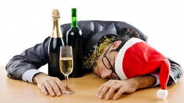 «Актуальненько»: Как избавиться от похмелья утром после праздника