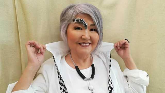 «Это вам не бабушки на скамейке!» Проект для моделей старше 60 запустили в Казахстане