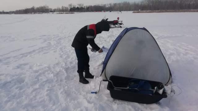 Любителей зимней рыбалки проверяют в Костанайской области