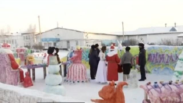 Конкурс ледяных фигур и флешмоб: Как осуждённые встречают Новый год